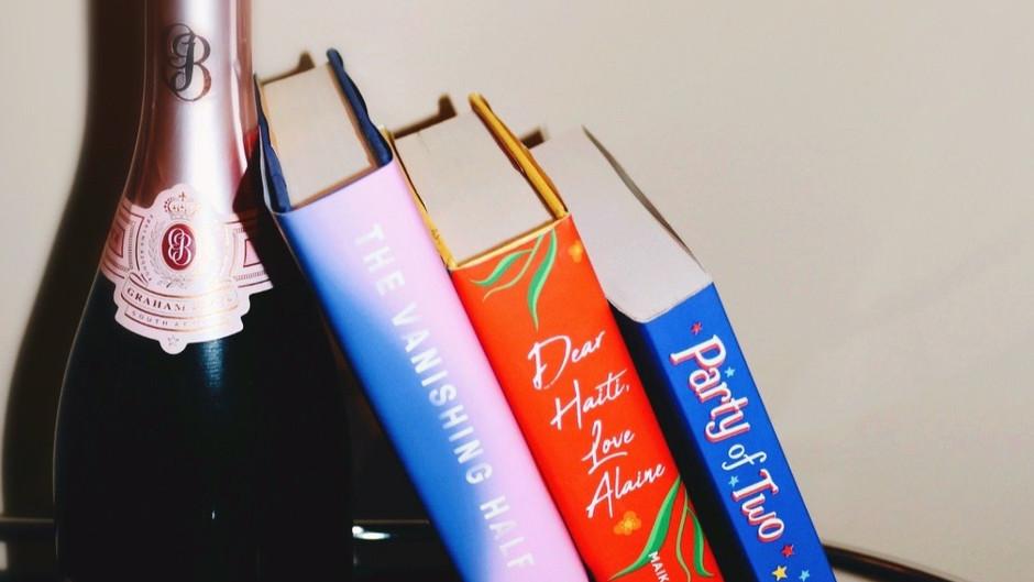 Why I No Longer Finish Books I am Not Enjoying, and What I am Reading This Summer!