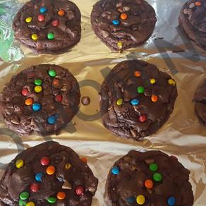 Chocolate Deluxe Cookies