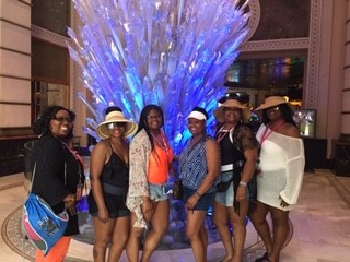 Lake Kennedy Residents Go on Vacation Together!