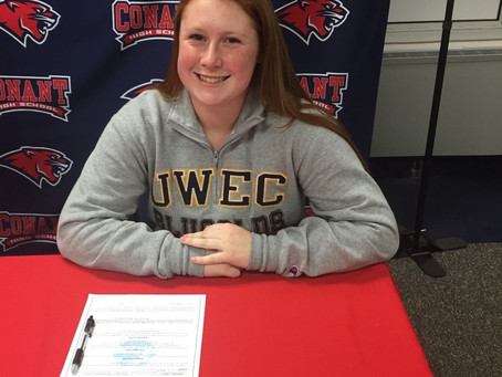 Carlucci Signs with UW-Eau Claire