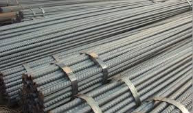 Shanghai rebar extends rally to one-month high, lifts iron ore