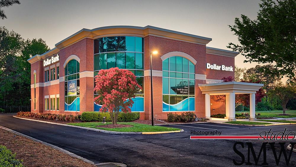 Dollar Bank Volvo Parkway