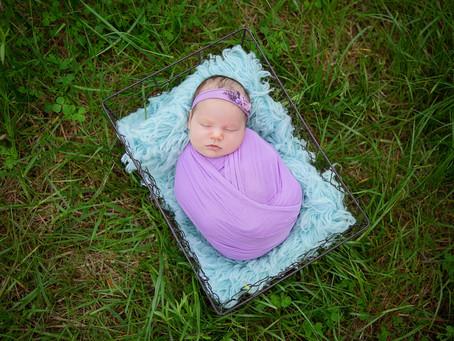 Lenora | Outdoor Newborn Session
