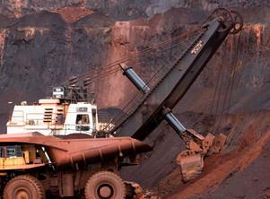 Valor del mineral de hierro asciende a US$ 130 la tonelada, precio máximo en seis años