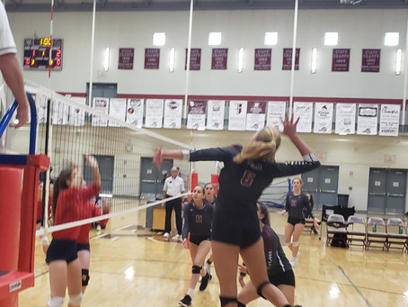 Oak Ridge Volleyball Thrashes the Red Devils