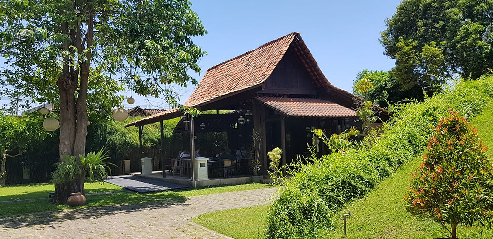Replika Rumah Osing di Kawasan Pendopo Sabha Swagata Blambangan