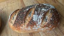 Keten Tohumlu Tam Buğday Ekmeği