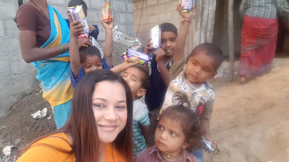 Alisa Spends Some Vital Time with Kids
