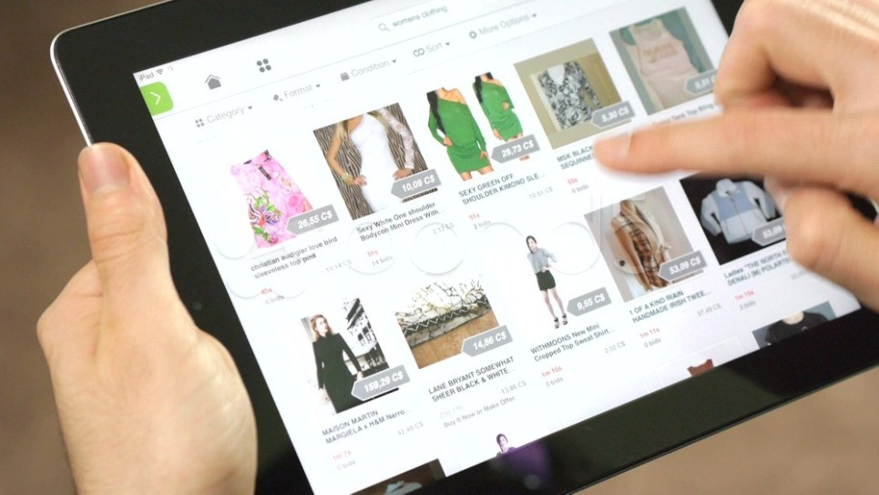 Holding iPad, Online Shopping, Online Clothing