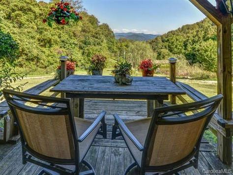 987 Jordan Branch Road, Mars Hill, NC 28754 - 2 homes, 41.25 acres