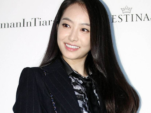"""Victoria Song released 2 versions of the MV """"Up to me"""""""