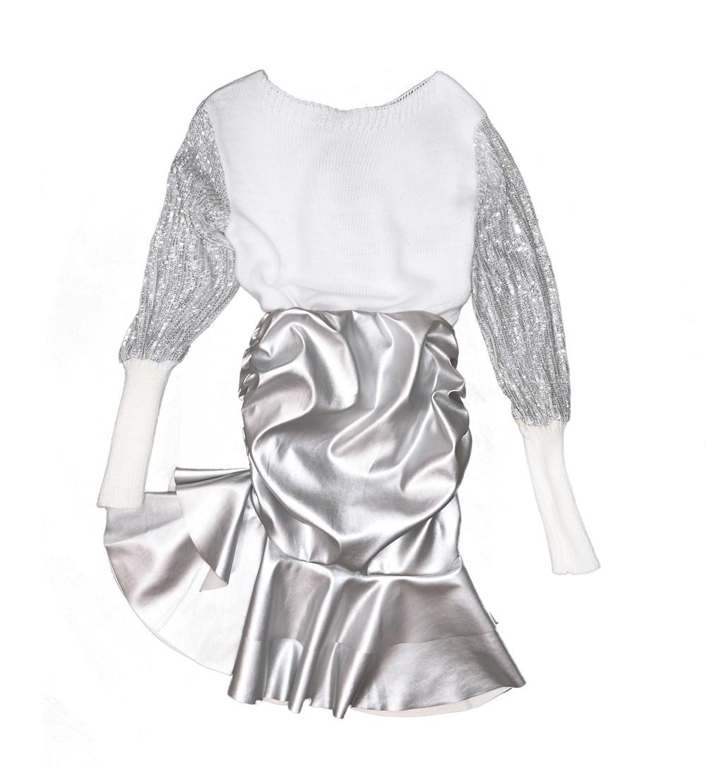 φόρεμα σε κατάστημα της Νέας Μάκρης