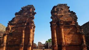 Visitando as ruínas de San Ignácio Mini, na Argentina