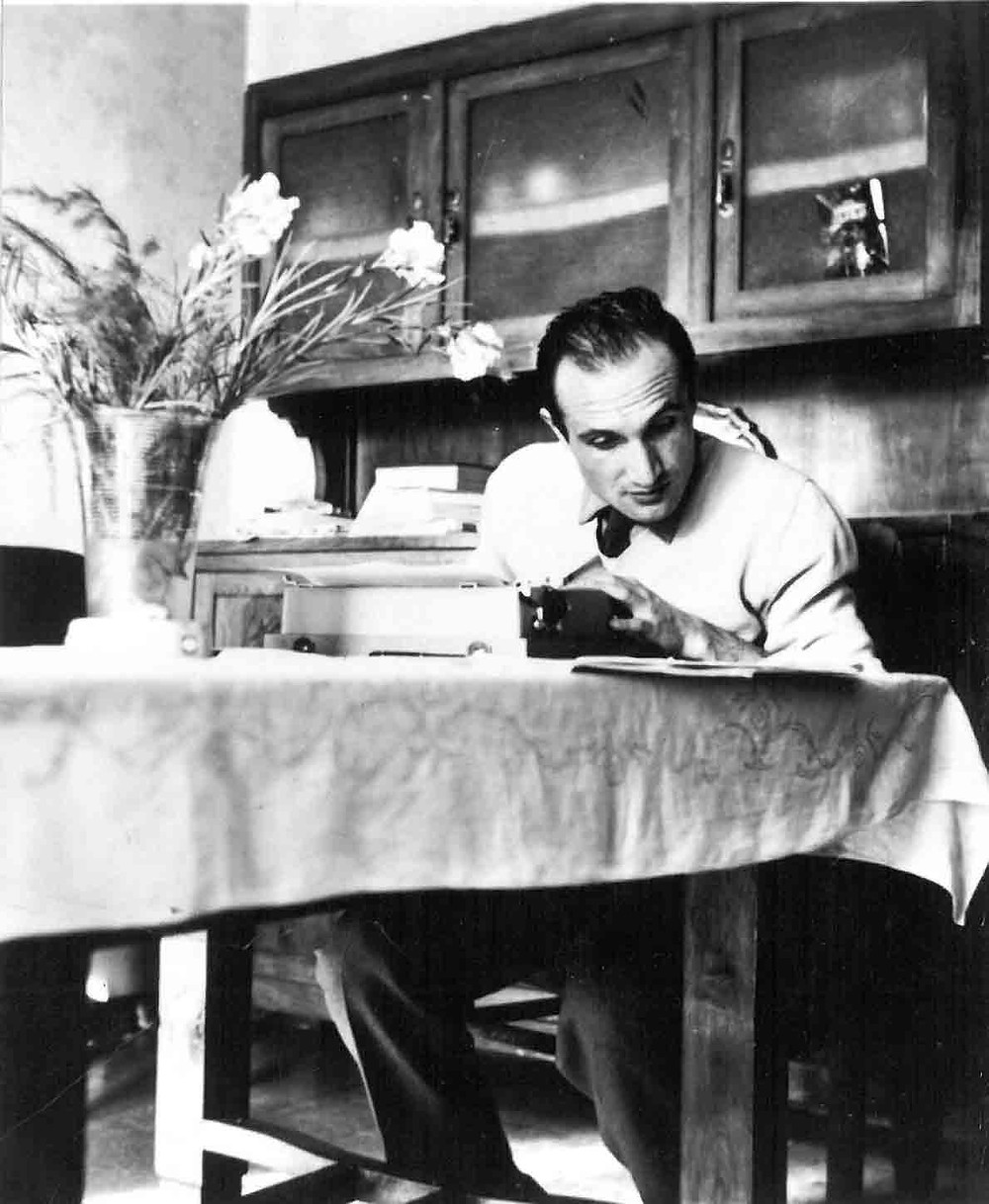 Nino Pedretti - biografia - Il Tuo Biografo