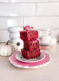 עוגת נוגט ללא גלוטן עם קרם שוקולד קוקוס מפנק