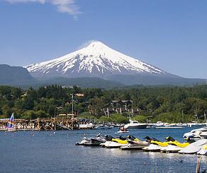 Volcanes, Cordillera, Lagos, el Cruce lo tiene todo.