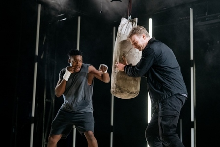 Victor Oshin (Othello) and Paul McEwan (Iago)