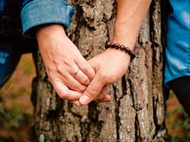 Как пережить расставание с близким человеком?