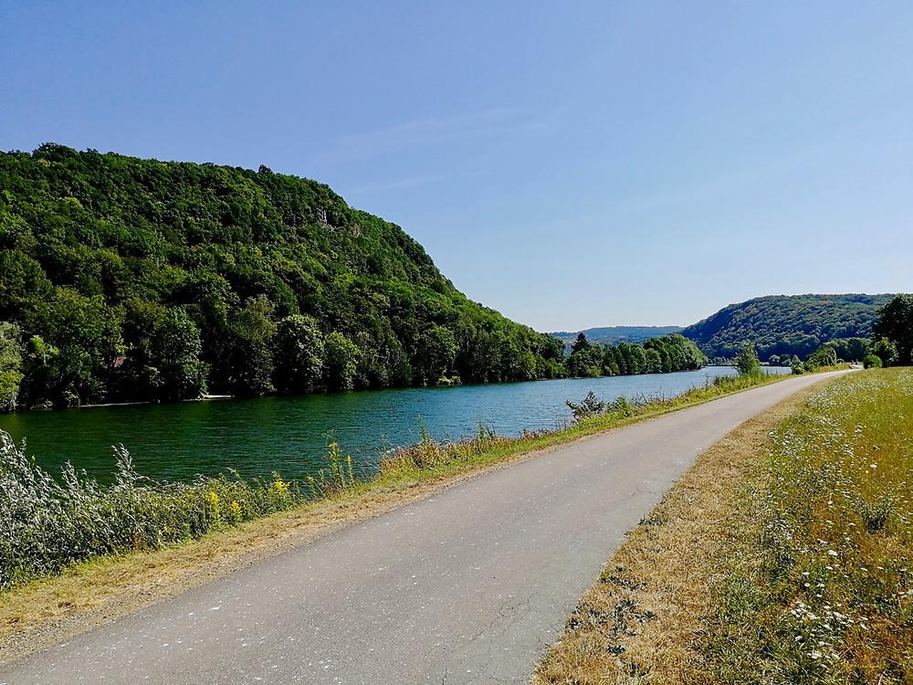Tour du monde en famille à vélo Jura paysage