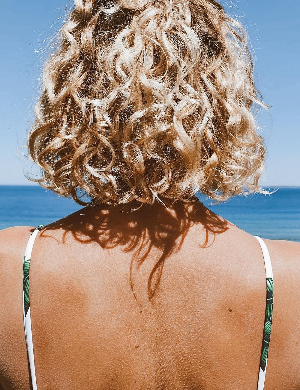 crèmes solaires bio vs conventionnels. Filtres chimiques et minerals. se protéger du soleil