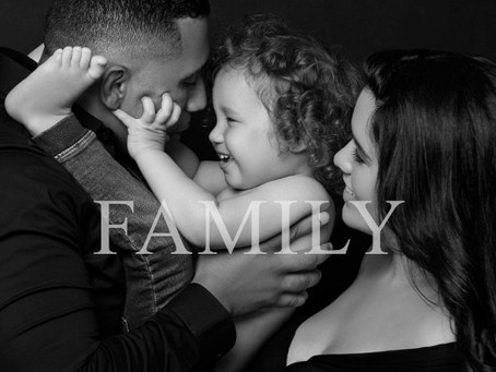 Can Family Portraits Boost Your Child's Self-Esteem? The Experts Speak.