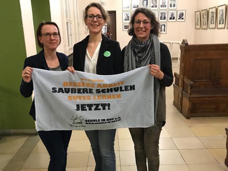 Erster Berliner Bezirk stimmt für Rekommunalisierung der Schulreinigung