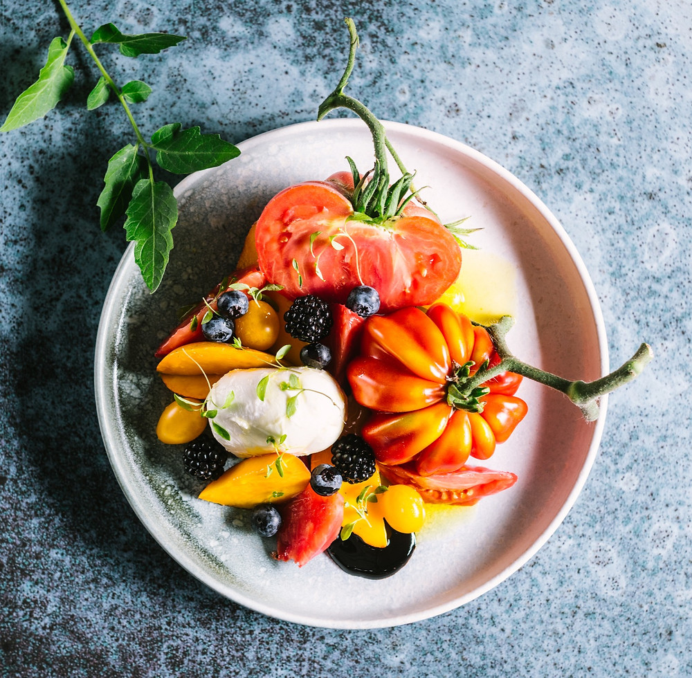 Mocarela ir pomidorai, salotos, Alfas Ivanauskas