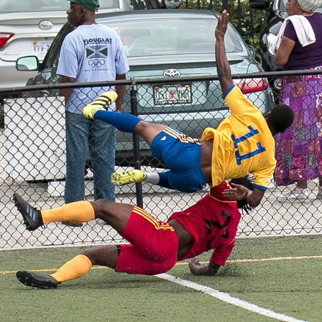 45 amazing shots from 2017 Jamaica High School Alumni Football