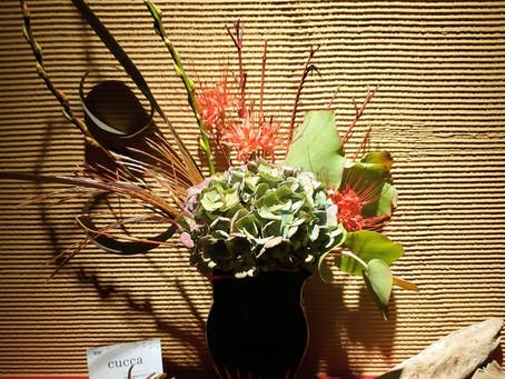 お店を彩るお花