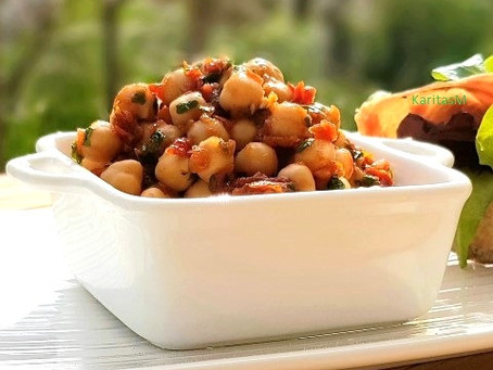 Healthy & Easy2Make Chickpea Salad!
