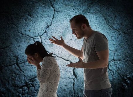 10 Signs Suggesting That You Are The 'Culprit' For Turning Your Relationship Toxic