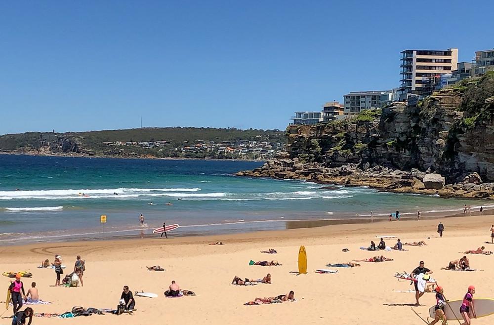 freshwater beach, australia, surfing, ocean, beach, swimming pool, rockpool, rocky shore