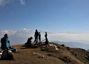 Optimal für Nepal-Einsteiger: Der Pikey Peak Trek mit Besuch der Patenkinder