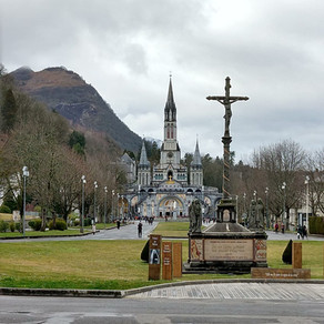 On the Way to Lourdes