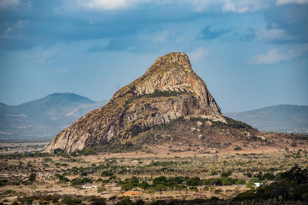 View of Napoleão Mountain, during a climbing in Via Expressa, in Morro da Toca - Foto: Leve de Viagem