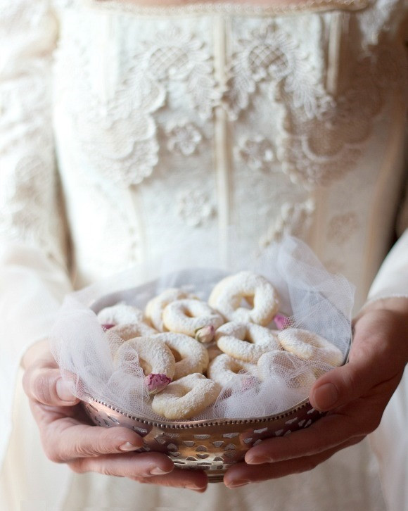 dolcetti zuccherini tradizione matrimonio emilia romagna