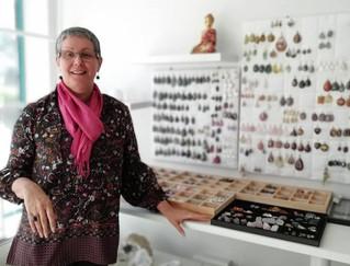 Monique Bruandet - Lithothérapeute & Créatrice de la boutique Egrégore