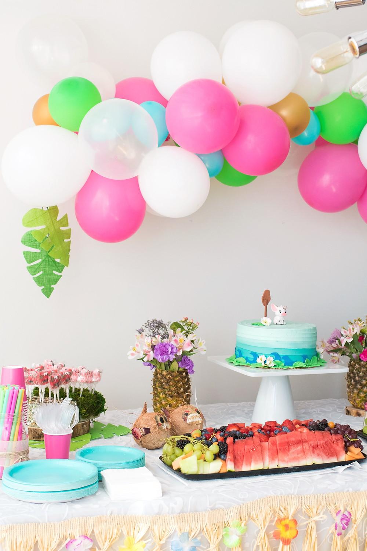 Beautiful Moana Hawaiian birthday party