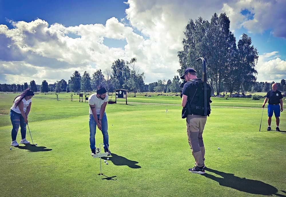 #golfförnyavänner #snöågolfklubb #skånskagolfförbundet #svenskagolfförbundet #integrationsprojekt #golf