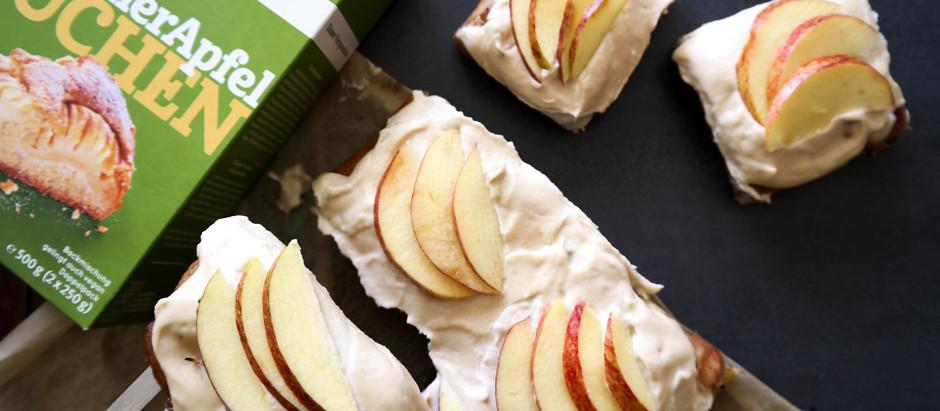 Apfel-Rhabarber Schnitten mit Frosting - vegan & glutenfrei -