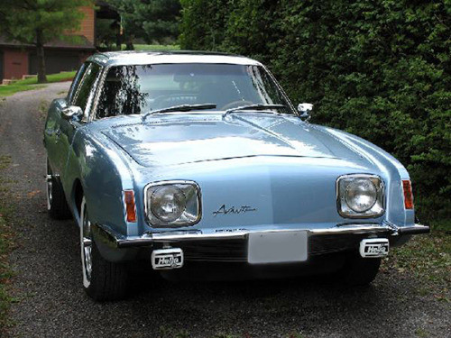 1983 Avanti Studebaker in Sterling Silver Blue
