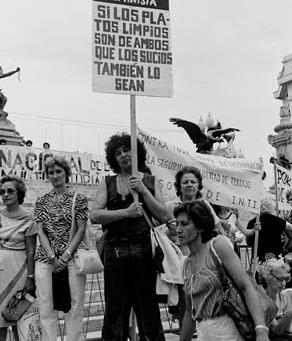 Mujeres unidas, jamás serán vencidas