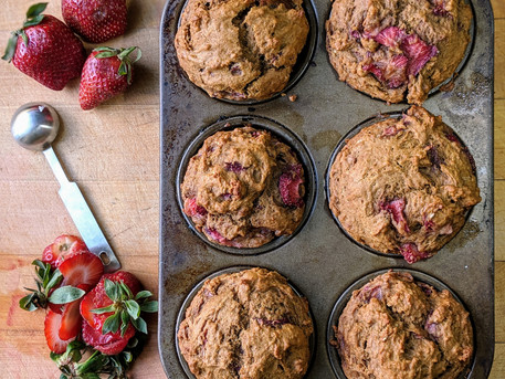 Strawberry Molasses Muffins (and why Louisiana got that good dirt)