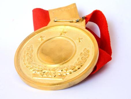 Mexicanos traen el oro a casa