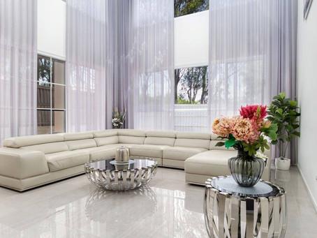 Long motorised curtains