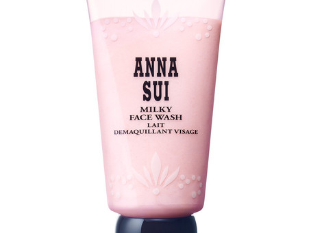 Review: Anna Sui - Milky Face Wash
