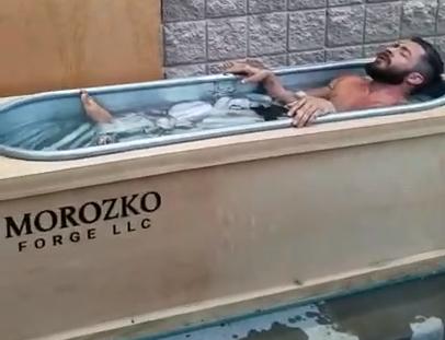 Leo Savage in the ice bath for stress inoculation training