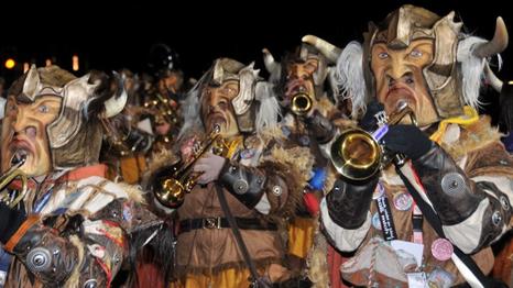 Fevereiro tem Carnaval!