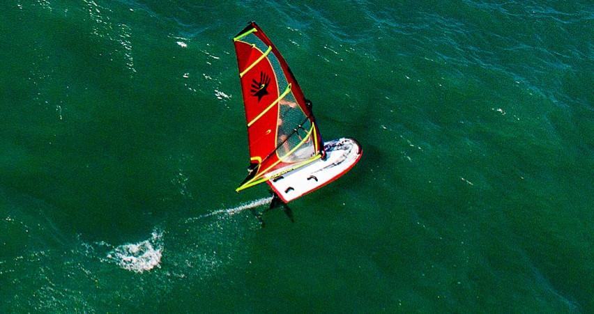 David Ezzy windfoiling sail Hydra