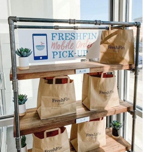 FreshFin Poke Mobile Pick Up Station